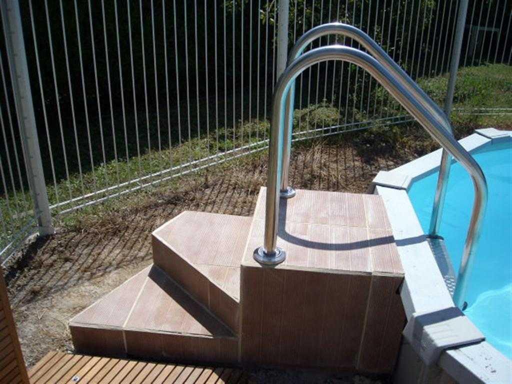 Comment Monter Une Piscine Hors Sol piscine hors sol 77 enterrée avec polyester armé precom