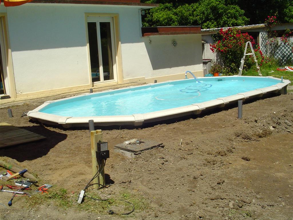 Piscine hors sol 91 enterr e avec polyester arm precom - Peut on enterrer une piscine hors sol ...